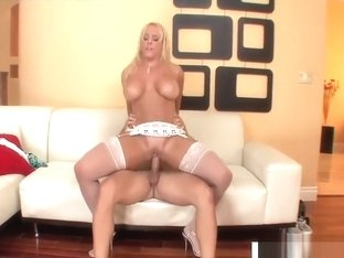 Perfect Step Mommy Alexis Golden Gets Nailed Hard Hot Friend