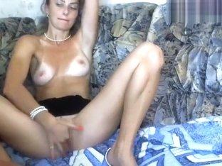 AelitaLuv: 2 fingers in pussy