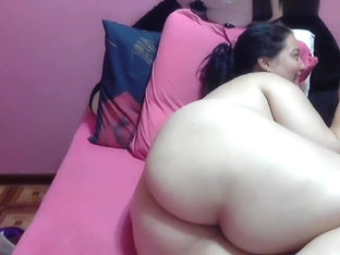 bustyemma amateur record on 07/02/15 15:35 from Chaturbate