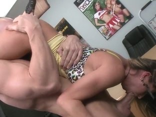 Gorgeous Rachel Roxx is trying out Johnny Sins huge pecker