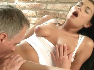 MassageRooms video: victoria b on ian