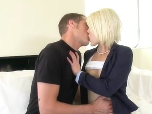 Sexy hot Ash Hollywood works on a huge cock!