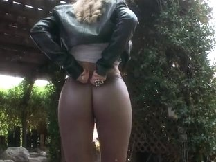 Huge ass Ashley Fires likes anal sex