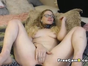 Hot Babe Sloppy Blowjob and Deep Throat