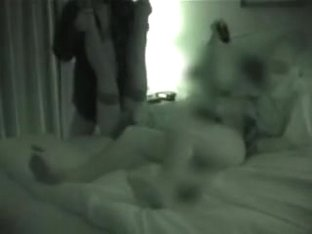 unknown wife threesomes video