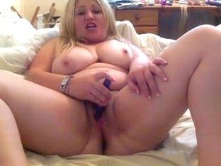 Overweight cutie masturbating