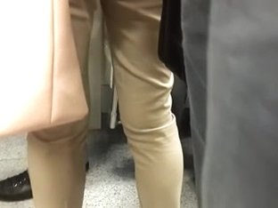 touch ass in the subway 4