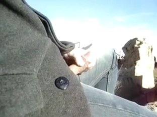 Man is outdoor wanking cock and hoping to be noticed