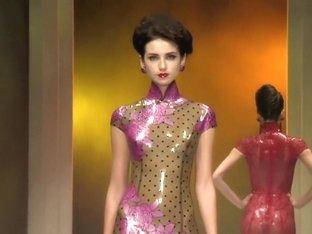 Sexy Fashion Show Atsuko Kudo