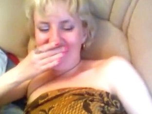 Blonde MILF wants to have sex