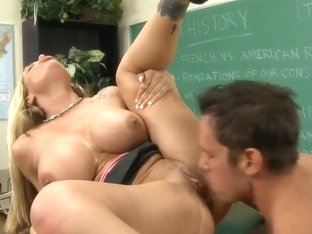 Strong dude Johnny Castle gets to fuck the busty blond Tyler Faith