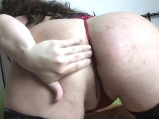 Corpulent and breasty older housewife in darksome nylons