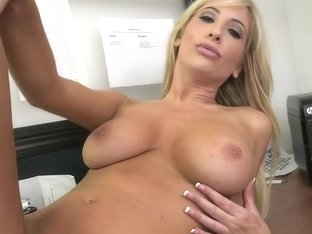 Dick Pulled By A Porn-Star