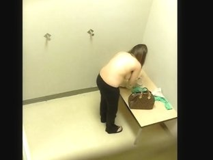Changing room if full of temptation fro a voyeur