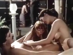 Twohairy girls in Orgy