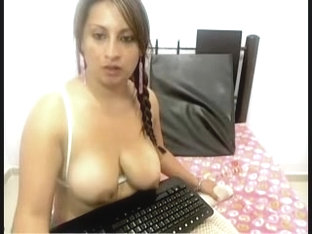 A hot n cute wife flashing boobs on webcam