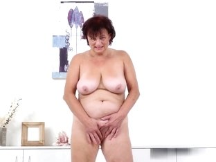 Female stripper naked pussy