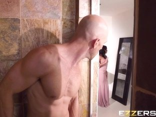 Anya Ivy In Maid Of Honor