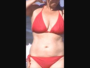 candid beach milf spy jiggly tits 20 see thru top