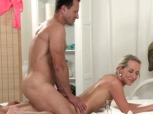 Massage Rooms Sinless youthful hotty has her constricted gap creamed