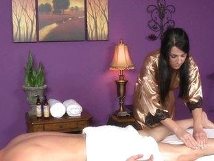 Massage-Parlor: Part Time Job