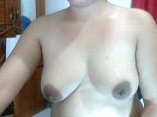 40 year old filipina older lady lyn volantate shows undressed