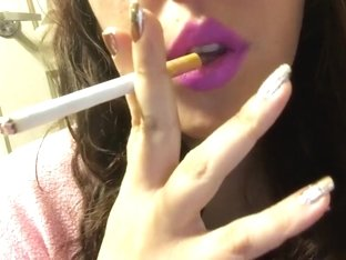 Sexy Brunette Babe Close Up Smoking Cork Tip 100 Cig Pastel Pink Lipstick