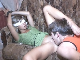 Teen beauty blindfolded and tricked by bf