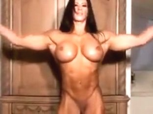 muscle goddess rides dildo