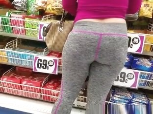 Milf with big ass wearing gray sports pants