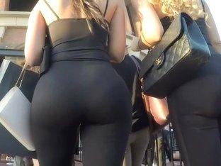 Big boobs bounce as she walks