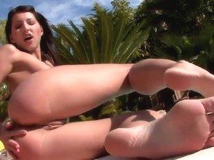 Playful Ann fingering pussy near swimming pool