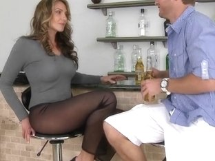 A sexy MILF Gia