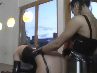 Sexy babes Petra, Judith and Asya have a kinky lesbian threesome