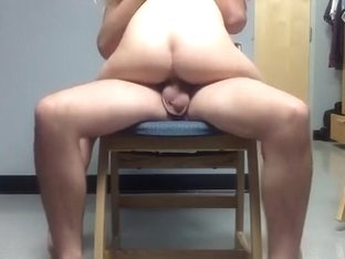 girl rides her bf on a chair and gets a creampie
