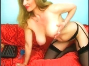 Amateur cougar vid with me fucking my cunt with toy
