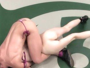 Wenona 'The Gymnast' (1-0) vsSasha 'The Druid' Lexing(0-0)