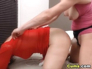 Lesbians Do Hot Face Sitting and Dogstyle Fucking