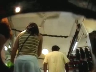 Pretty hispanic woman with a nice buttocks in an upskirt xxx vid