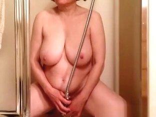 Chubby mature big tits woman masturbation