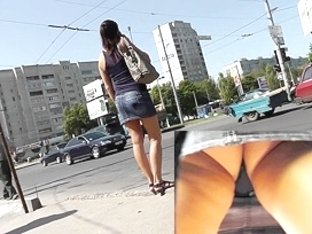 Exceedingly hawt outdoor upskirt