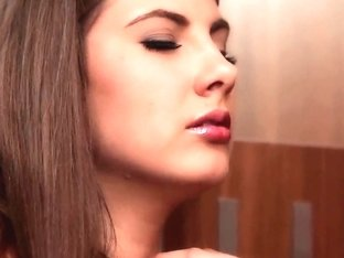 Connie Carter fingering her trimmed pink hole