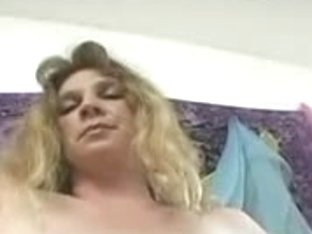 Nasty mature babe with hairy cunt stripping on video