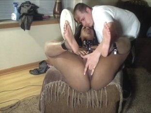 Mr. R-O-B & Mw tie her dwn an make her cum hard 4-2012 pt.two