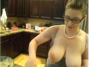 Cooking Show on AmberCutie